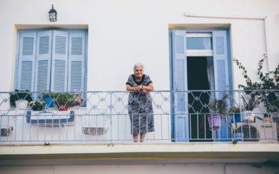 Cinq signes qui prouvent que vos parents ont besoin d'aide à la maison
